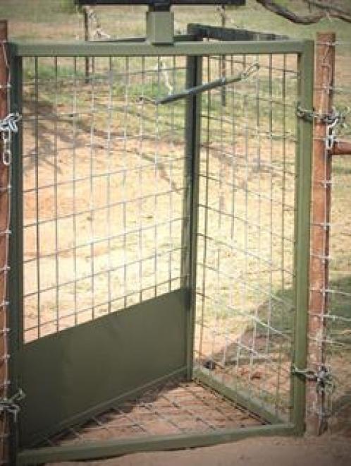 48″ Trap Door